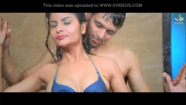 Huge indian mallu boobs with hindi song